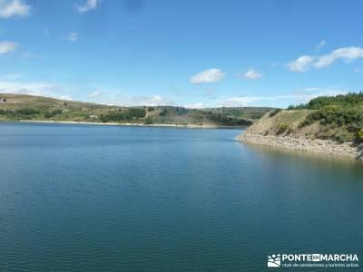 Descendiendo el Río Aceña; parque natural hayedo de tejera excursiones desde toledo escapada temat